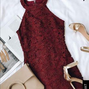 Lulu's Love Poem burgundy dress size M